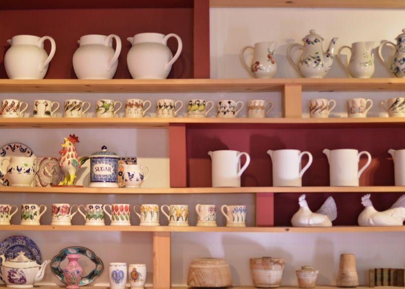 Eb cafe shelf edit